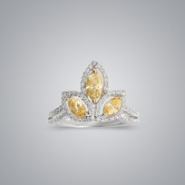 3-Leaf Yellow Diamond Ring