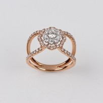 MIKURA Cluster Diamond Ring