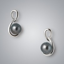 Treble Pearl Earrings with Treated Black Freshwater Pearls