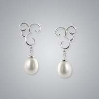 Pearl Earrings with White Freshwater 7.5-7.0 mm Pearls