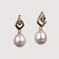 Pearl Earrings with 8.0-7.5 mm White Freshwater Pearls