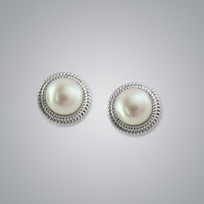 Pearl Earrings with White Freshwater 8.5-8.0 mm Pearls
