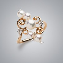 5 Pearl Ring with White Freshwater Pearls