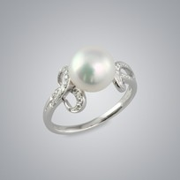 Pearl Ring with White Freshwater 9.0-8.5 mm Pearl