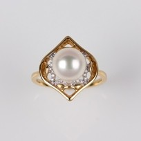 White Freshwater Pearl Ring 9.0-8.5mm, 18KY