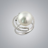 Pearl Ring with Natural White South Sea 14.0-13.0 mm Pearl