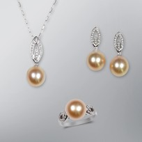 Pearl Pendant, Earrings and Ring set with Natural Golden South Sea Pearls
