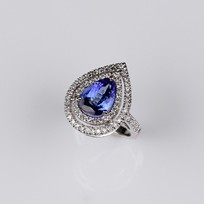 MIKURA Diamond & Tanzanite Ring