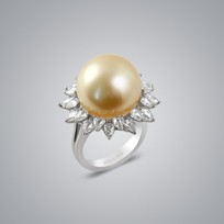 Pearl Ring with Natural Golden South Sea 17.0-16.0 mm Pearls