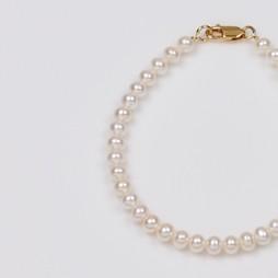 White Freshwater Pearl Bracelet strand, 5.5mm, 18KY
