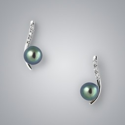 Pearl Earrings with Treated Black Freshwater and Diamond