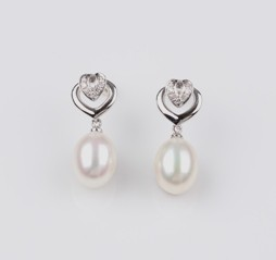 Heart Earrings, Freshwater Pearl, White, 8.0mm, 18KW