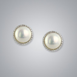 Pearl Earrings with White Mabe 13.0-12.0 mm Pearls