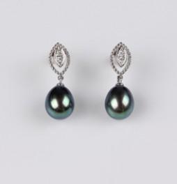 Treated Black Color Freshwater Pearl Earrings, 8.0mm, 18KW