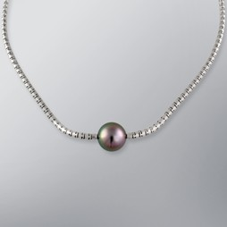 Pearl Necklace with Natural Black South Sea 14.0-13.0 mm Pearls