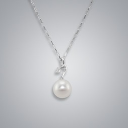 Pearl Pendant with White Freshwater 10.0-9.5 mm Pearl