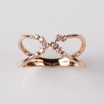 Crisscross Diamond Ring, Rose Gold