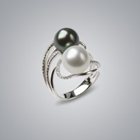 Pearl Ring with White/Natural Black South Sea 11.0-10.0 mm Pearl